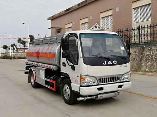 楚胜牌CSC5073GYYJH5型运油车