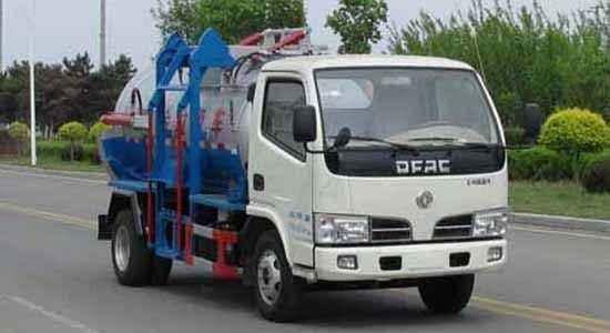 东风福瑞卡餐厨垃圾车