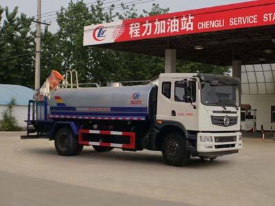 东风12吨洒水车带抑尘